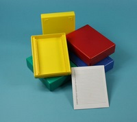 Boxes with covering lid for microscope slides